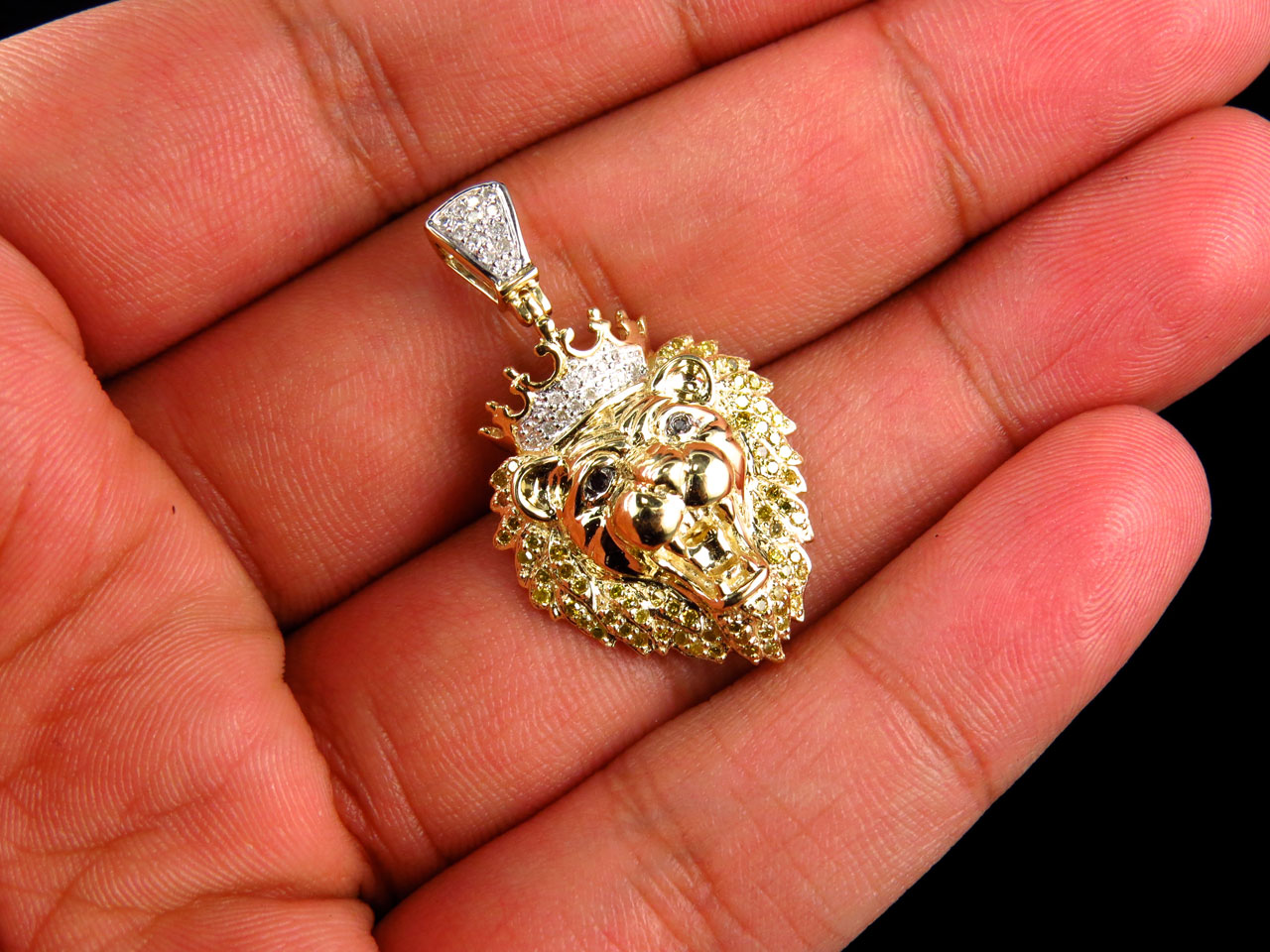 10k yellow gold genuine diamond polished king lion head pendant 10k yellow gold genuine diamond polished king lion head pendant 050ct 150 aloadofball Image collections