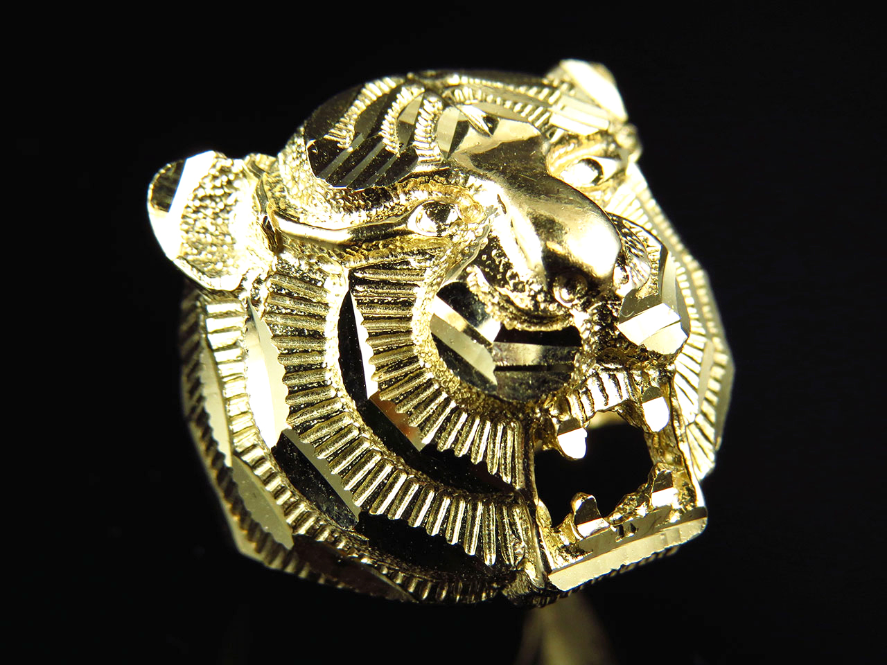 2083bf70a3fd69 Genuine 10k Yellow Gold Mens Diamond Cut Tiger Head Fashion Pinky Ring  (19MM)
