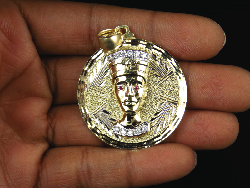 Mens 10k yellow gold simulated diamond egyptian queen nefertiti mens 10k yellow gold simulated diamond egyptian queen nefertiti pendant charm 2 mozeypictures Choice Image